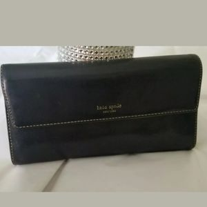 Kate Spade New York Trifold Black Leather Wallet
